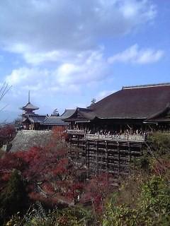 kyoto's kiyomizudera temple building