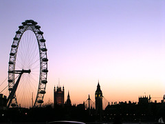 London Skyline / Horizon londonien | by vemma