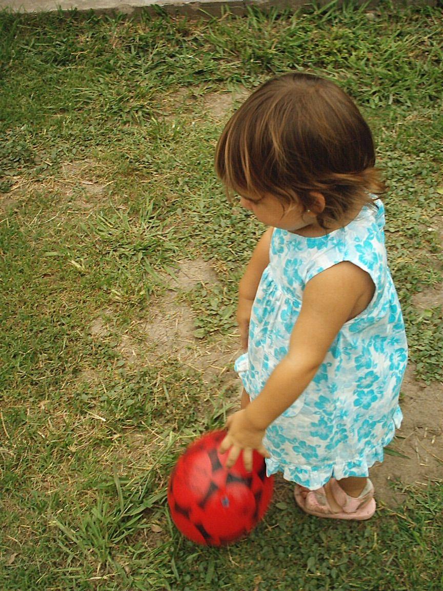 IM004672 - La pelota