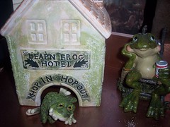 Leapin' Frog Hotel