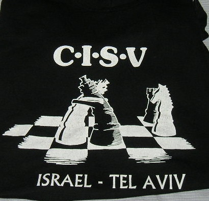 Hugging Chess