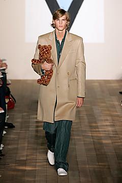 Louis Vuitton teddy