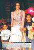 Silvia en el desfile 'Una noche de estrellas', 13 de abril de 2005