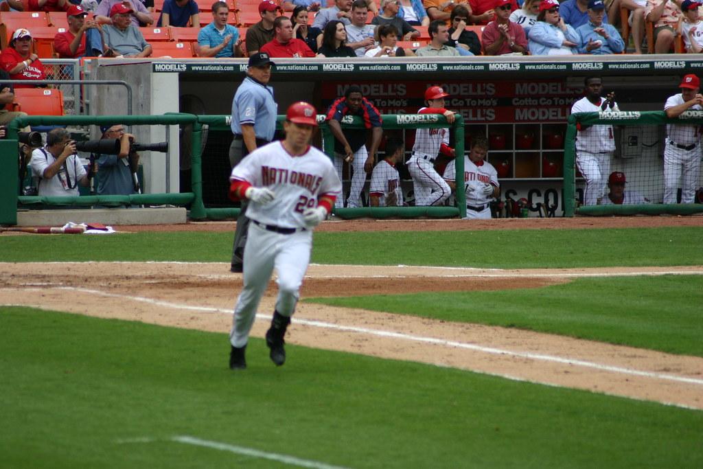 Bennett running for 1B