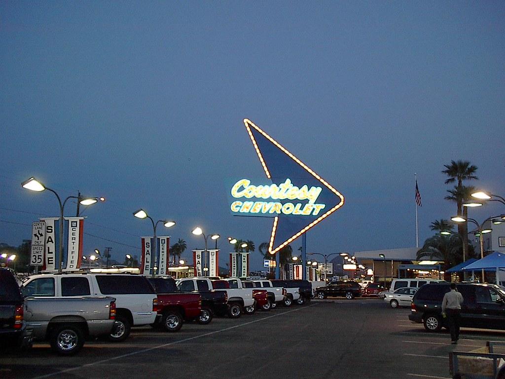 Courtesy Chevrolet Dealership Sign In Phoenix Az So Cal Metro Flickr