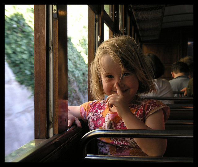 Pssst! - little girl on the way to Soller