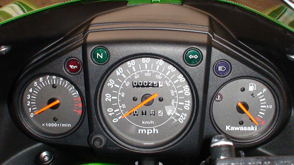 2008 Kawasaki Ninja 250r Speedometer Top Speed 140mph Rpm Flickr