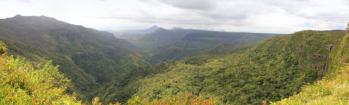 ocean panorama black mountains clouds river landscape island waterfall rainforest view maurice ile falls alexandra valley tropical mauritius 550d