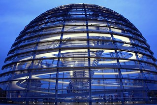 Thank you for more than 100,000 clicks on that photo!  Dome of the Reichstag building - La cúpula del Reichstag - Reichstagskuppel Berlin | by Daniela Hartmann (alles-schlumpf)