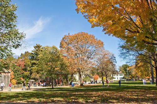 autumn fall yellow landscape massachussetts oldsturbridgevillage