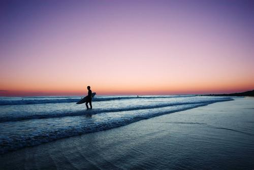 ocean sunset bravo scenery surfer malibu surfboard lonely neptunesnet nohdr vcfair09