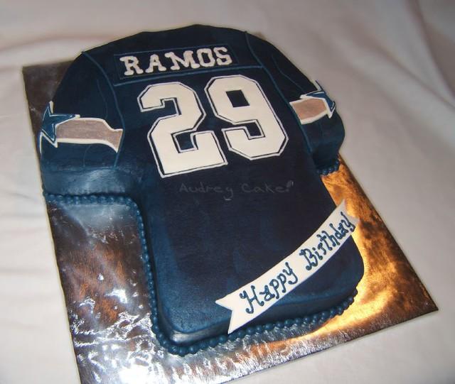 78b0cf7cc47 Dallas Cowboys Jersey Cake