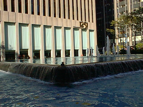 nyc98k6av14 Fountain, 6th Ave at 50th, New York 1998 | by CanadaGood