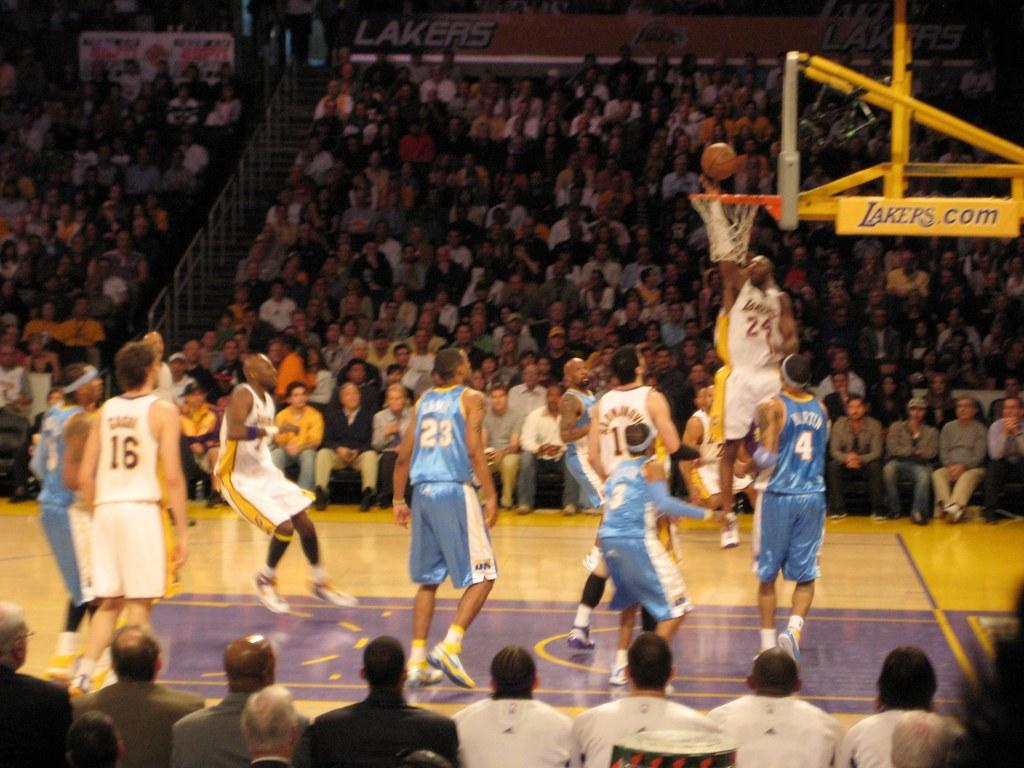 2008 NBA Playoffs Round 1 Game 1 Nuggets vs. Lakers - Kobe Bryant Dunk