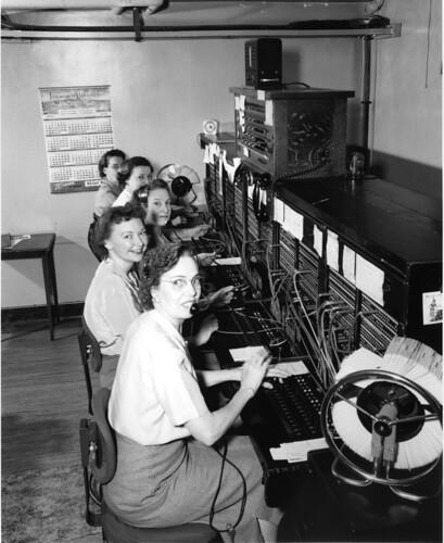 Telephone operators, 1952