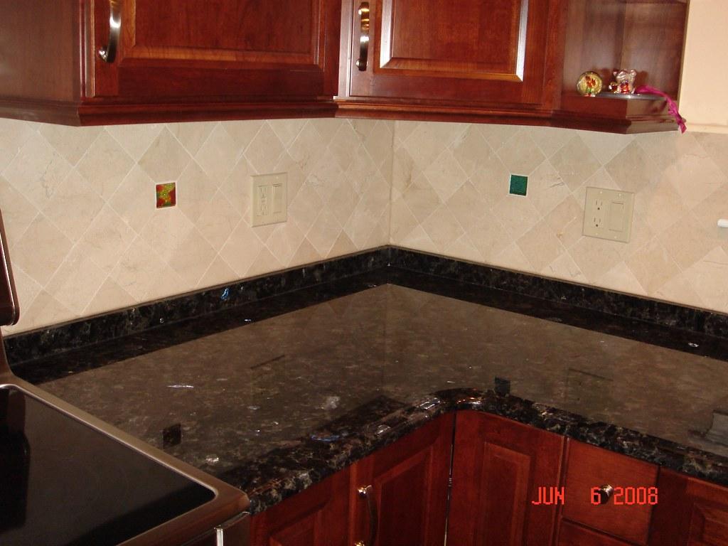Kitchen Backsplash with Uneek Glass Fusions Accent Tiles ...