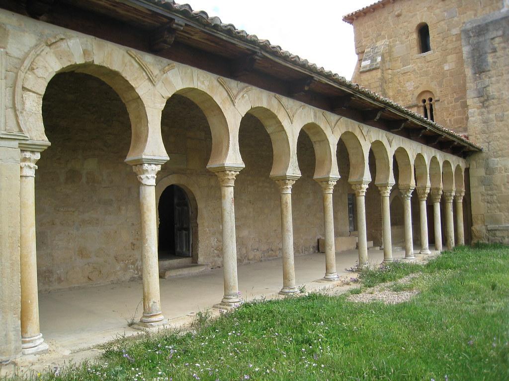 Monasterio De San Miguel De Escalada Leon Portico Flickr
