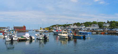 neck ma harbor rockport massachusettes bearskin bearskinneck rockportharbor
