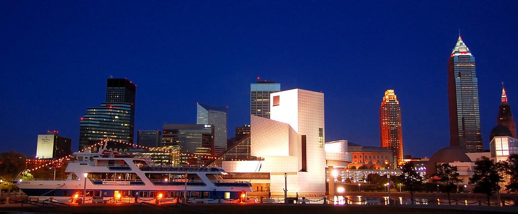 895d192861d2 ... City of Cleveland Skyline