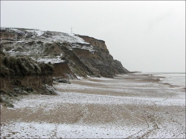 Snow at Hengistbury Head