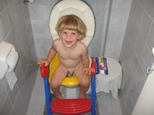 teeny-hairy-naked-boy-in-the-girls-toilet-job-planettures-nude