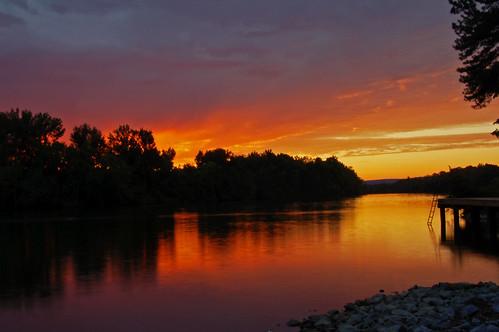 sunset color reflection clouds d50 river nikon ferrylanding coosariver hokesbluffalabama thewaterfallhunterakahoganfann