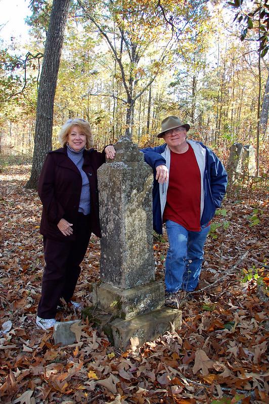 Houston and Glynda at WW Ellenberg grave