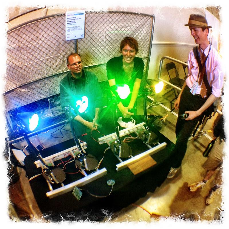 Lamp robots