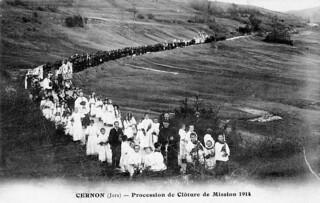 Procession de clôture de mission en 1914 à Cernon