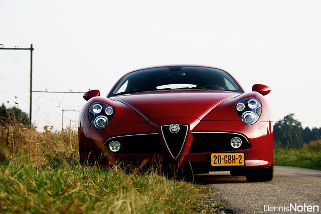 Alfa Romeo 8C Competizione.
