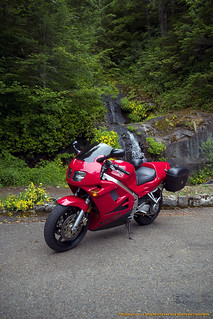 VFR at the Peak in front of the falls | by Daniel Crouch