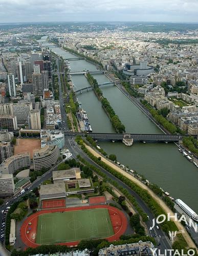 Eiffel (10)