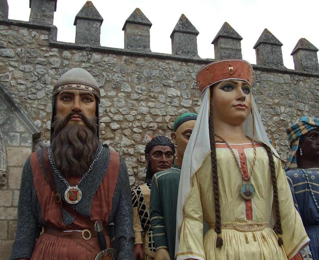 Gigantones (El Cid y Doña Jimena)