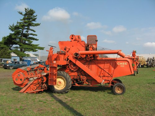 New To You >> Old Case Combine   Imagine the dust you would have ate ...