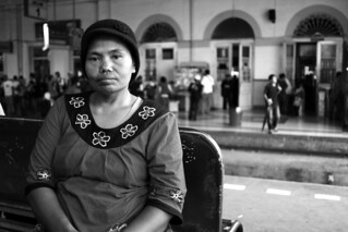 Ibu Sopiah, Rice Cake Seller | by DMahendra