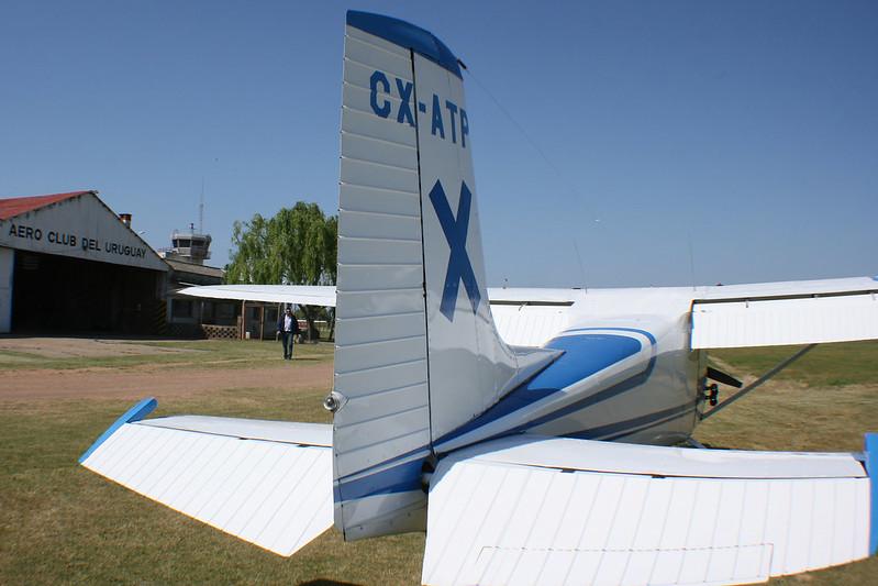 CX-ATP, hangar y TWR