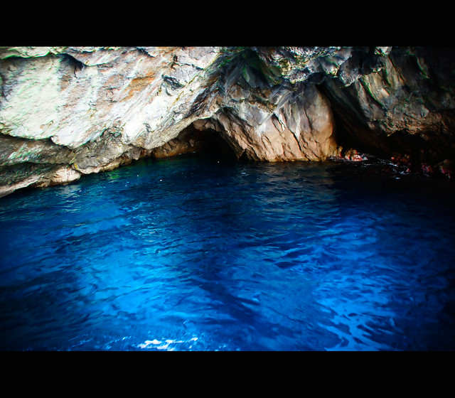 At the entrance of Grotta Verde...