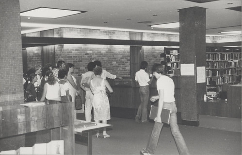 Miscellaneous students using Closed Reserve, Auchmuty Library, the University of Newcastle, Australia - 1970s | by Auchmuty Library, UON