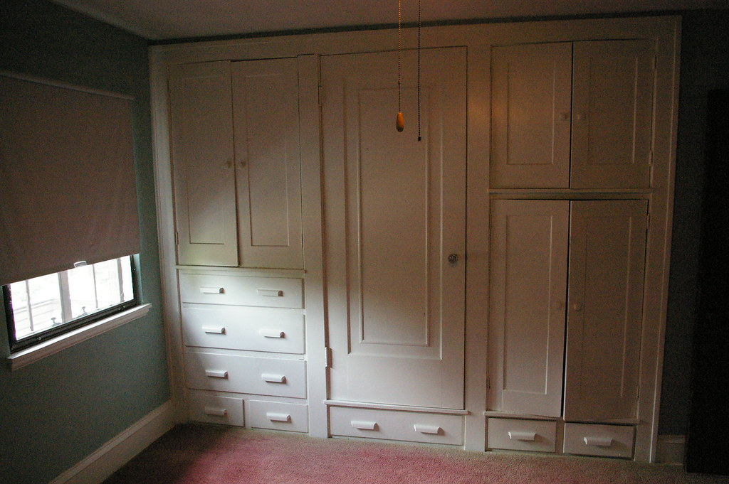 Built in cabinets, guest bedroom | Christopher Busta-Peck ...