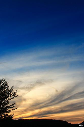 blue sunset red sun sunlight mountain tree love clouds canon focus sundown canon1100d