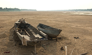 Boats on dry mekong | by immu