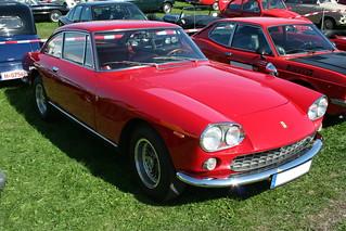 Ferrari Pininfarina 330 GT (1964) | by alvial111