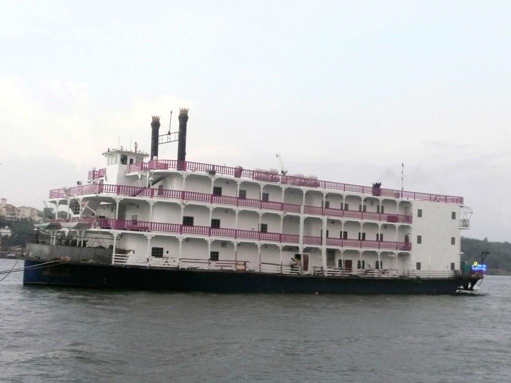 casino on boat in goa