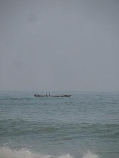Fishing pirogue from Elmina on the open ocean | by jntolva
