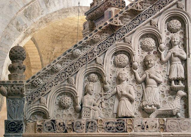 Bitonto cattedrale pulpito