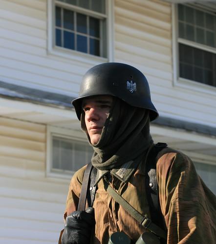 portrait pennsylvania gis wwii helmet battle ww2 soldiers uniforms 2009 reenactment kawkawpa worldwar2 battleofthebulge soldats fortindiantowngap img1506