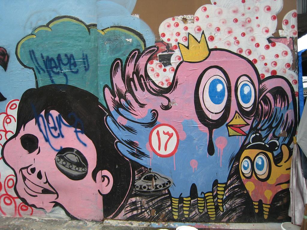 Graffiti chicken