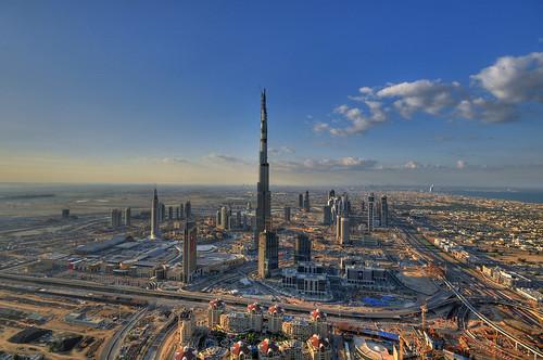 Burj Dubai - The World's Tallest Tower by daveandmairi