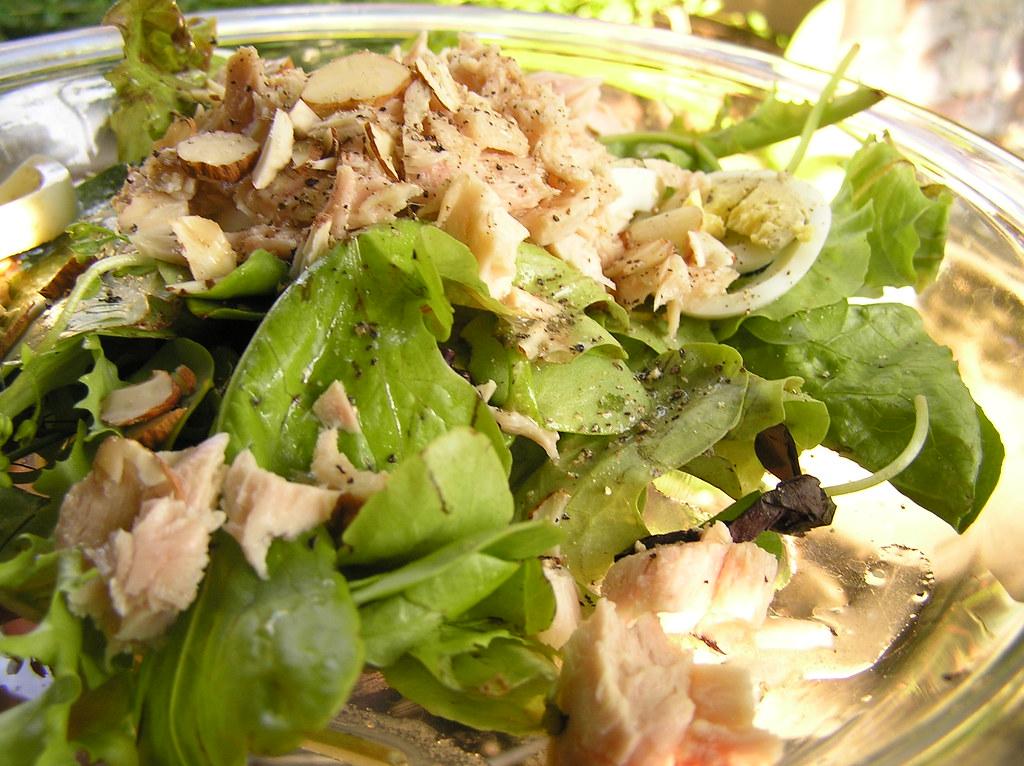 Salad | My Dad made a salad of mixed greens, canned tuna, sl… | Flickr