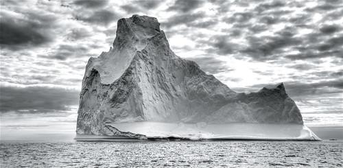 Iceberg ahead! by wili_hybrid